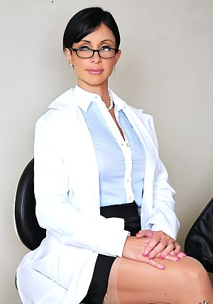 Hot Mature Doctor Porn Pictures