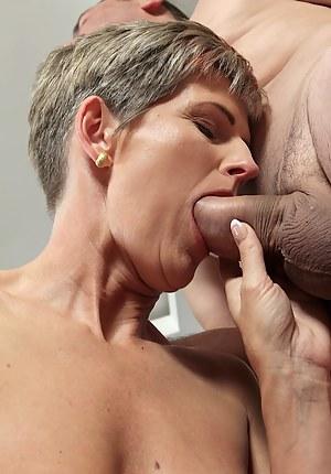 Hot Mature Blowjob Porn Pictures