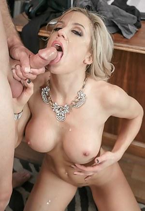 Hot Mature Cumshot Porn Pictures