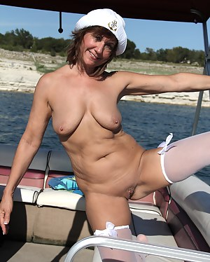 Hot Mature Boat Porn Pictures