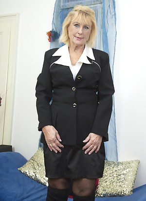 Hot Mature Uniform Porn Pictures