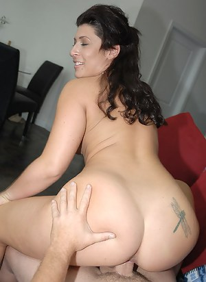 Hot Mature Tattoo Porn Pictures