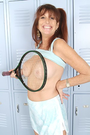 Hot Mature Sports Porn Pictures