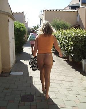 Hot Mature Public Porn Pictures