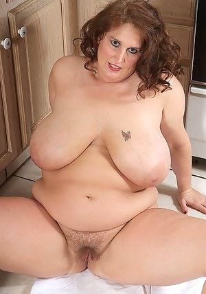 Hot Mature Fat Tits Porn Pictures