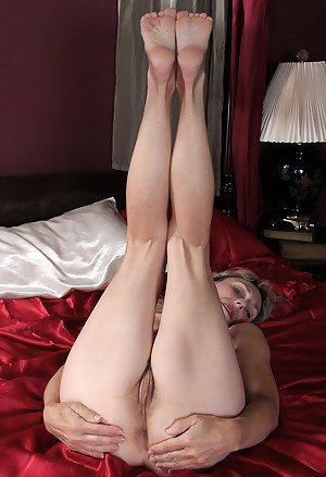 Hot Mature Foot Fetish Porn Pictures