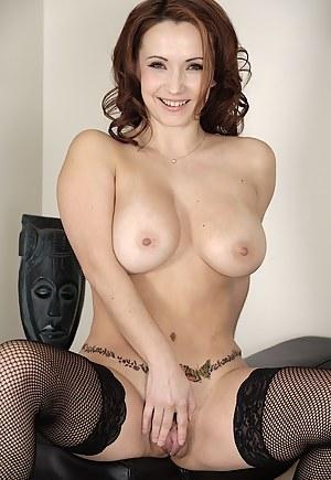 Hot Mature Tattoo Porn Pictures