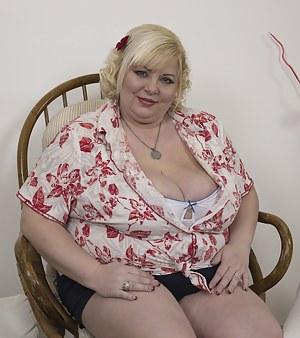 Hot Mature BBW Porn Pictures