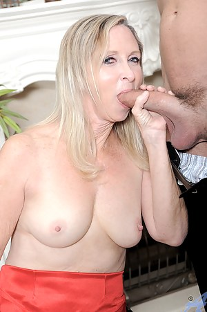Hot Mature Big Cock Porn Pictures